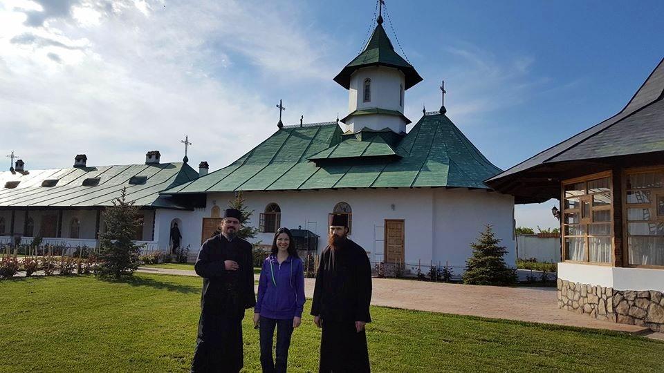 Impreuna cu Parintii din manastire, Parinti de la care am invatat si primit multe povete  bune