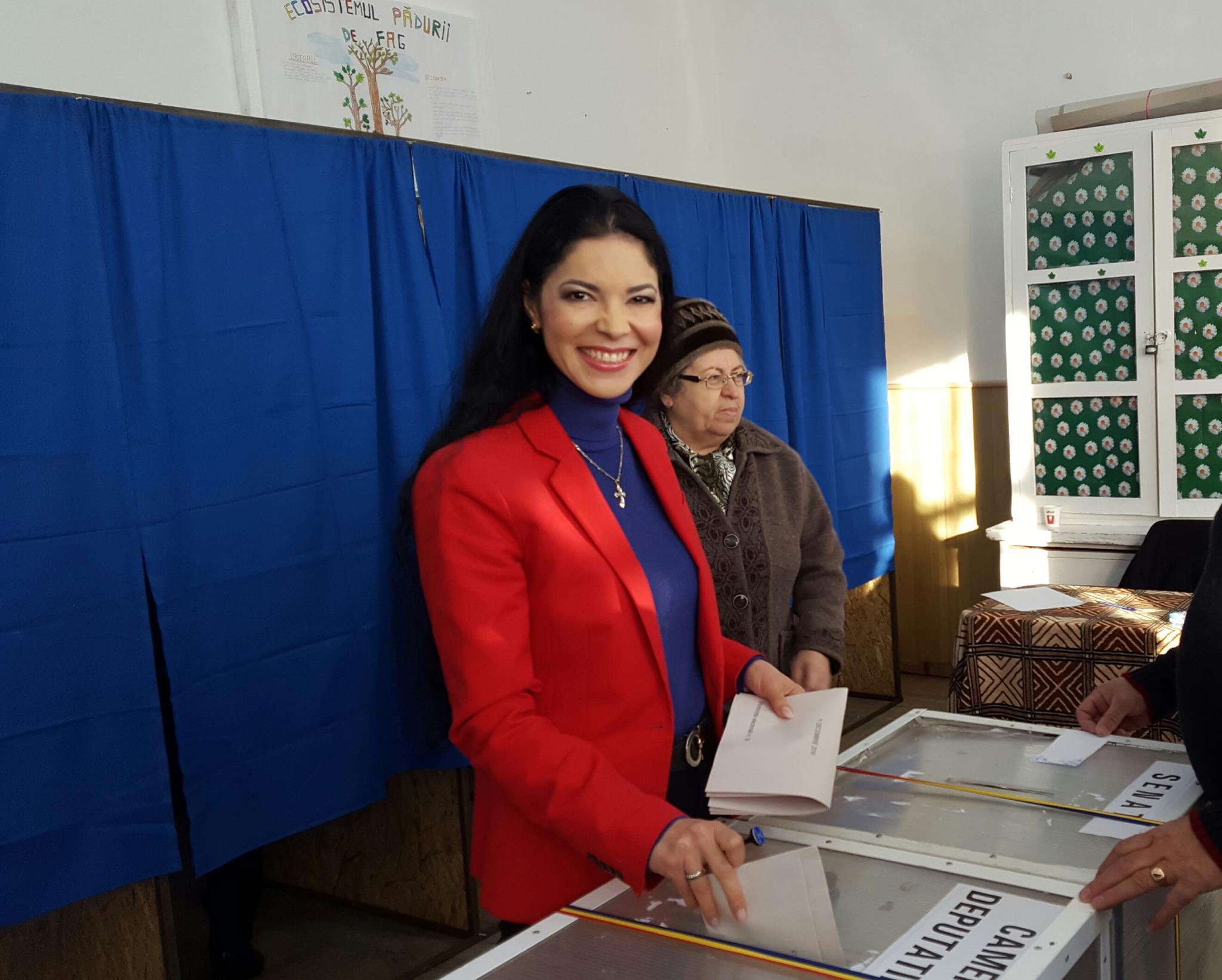 Buletinul de vot este biletul către o destinație a demnității și prosperității pe care toți românii o merită și la care au muncit din plin. Am votat pentru români și România!