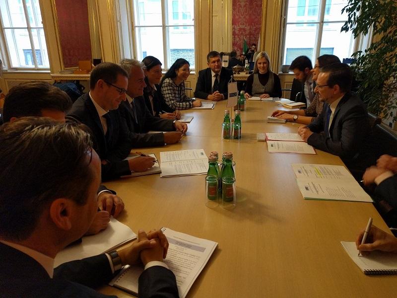 A început întrevederea Comisiei ad-hoc pentru combaterea terorismului a Adunării Parlamentare a Organizaţiei pentru Securitate şi Cooperare în Europa cu Secretarul General al OSCE, ambasadorul Thomas Greminger.
