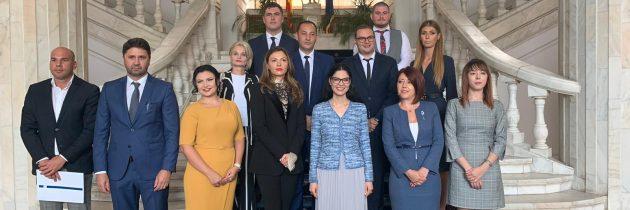Ministrul justiţiei i-a felicitat pe notarii publici și pe executorii judecătorești care au promovat concursul de admitere, cu ocazia ceremoniei depunerii jurământului